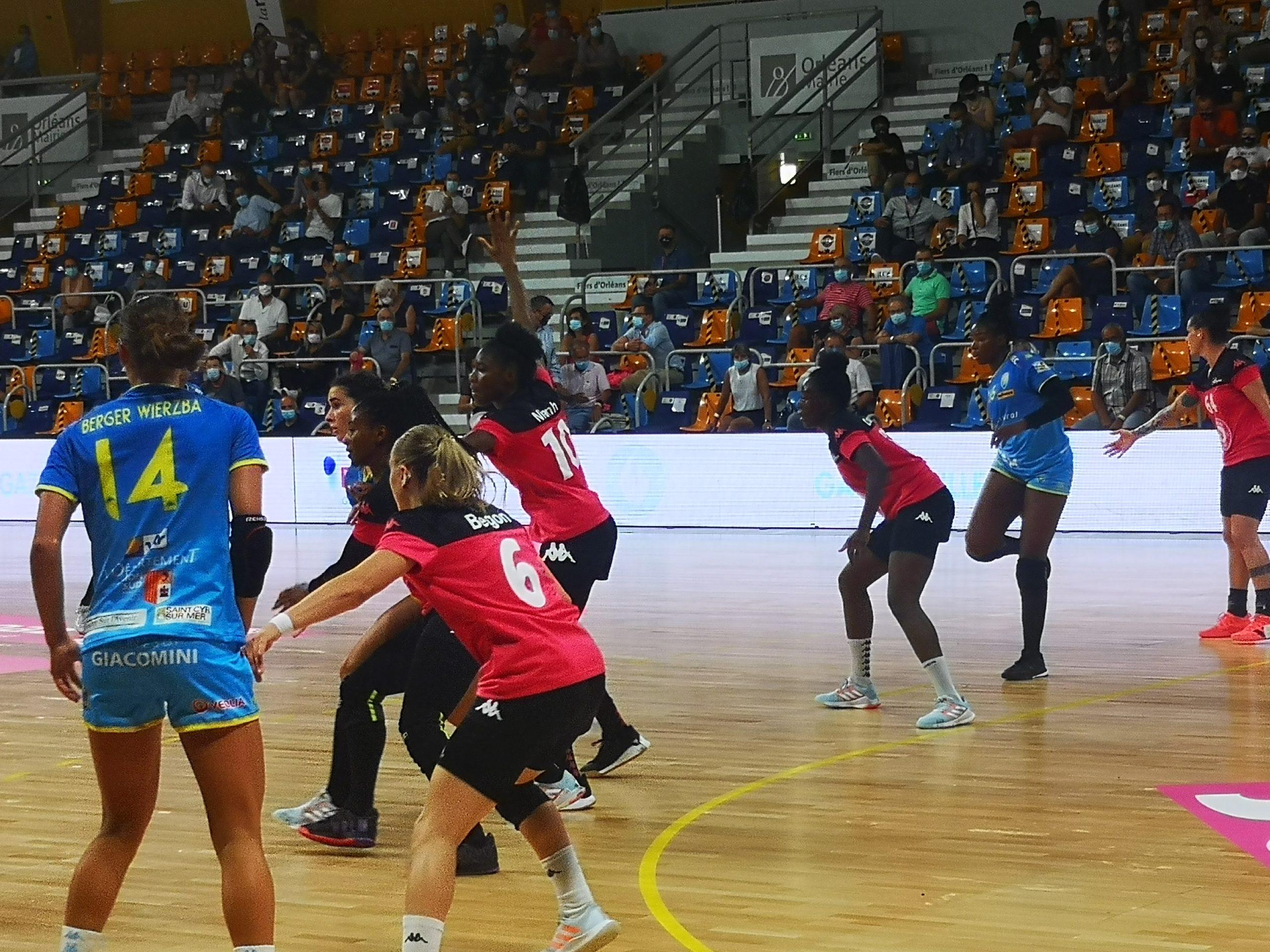 les panthères fleury handball sport féminin orléans